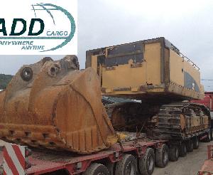 CQR Bucharest transports 90 ton hydraulic excavator