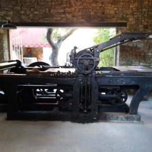 CQR Mexico transports an antique lithographic press from France to Mexico