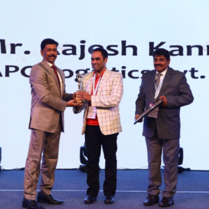 "Conqueror member in Kandla receives the Shipping Times' ""Young Logistics Professional of the Year"" Award"