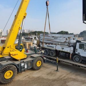 Conqueror Cairo moves 2 Ex Works shipments consisting of a concrete pump and a CAT Dozer